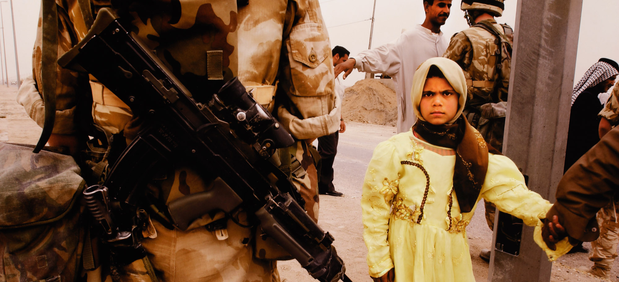 Peter Turnley. The War in Iraq, Near Basra, Iraq, 2003. Archival pigment print.