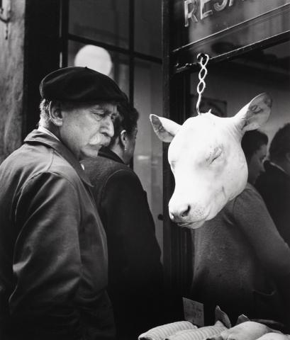 Robert Doisneau. L'Innocent, 1949. Gelatin silver print, 45/100.